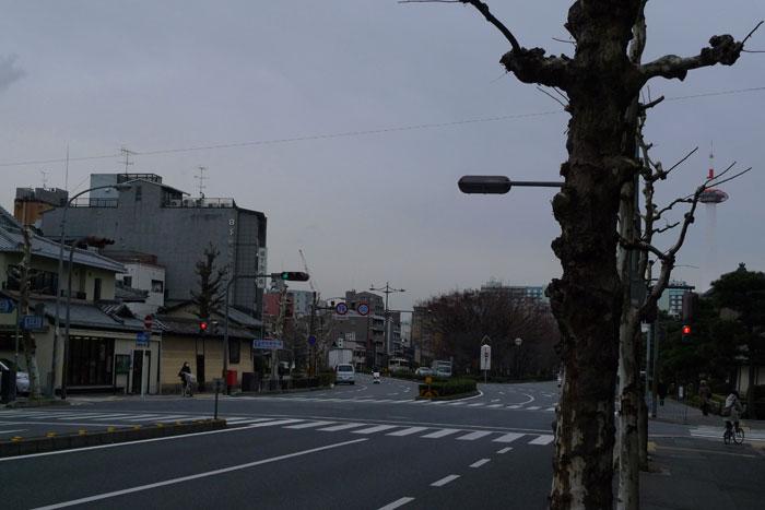 消える京都タワー