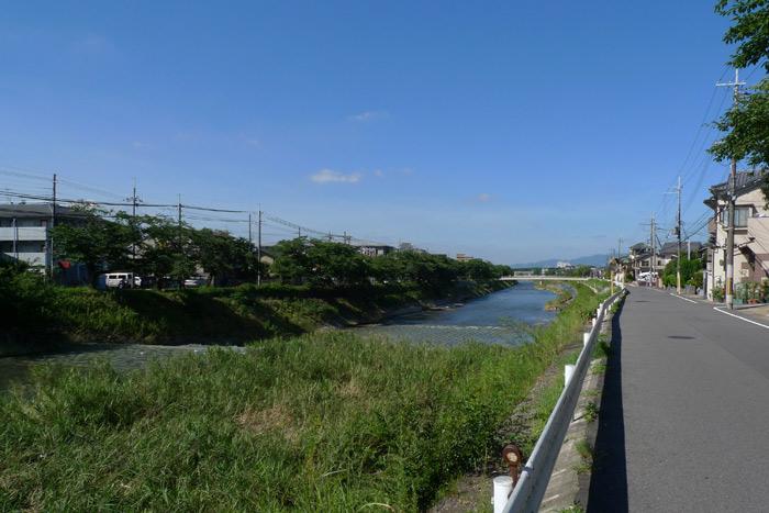 晴天の高野川