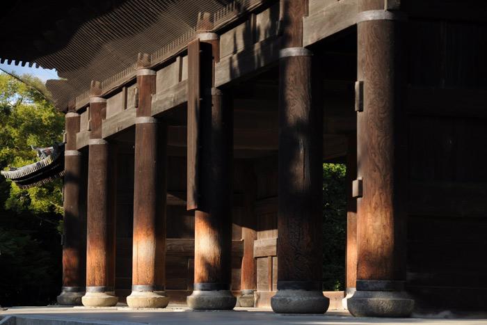 夕暮れ近い南禅寺