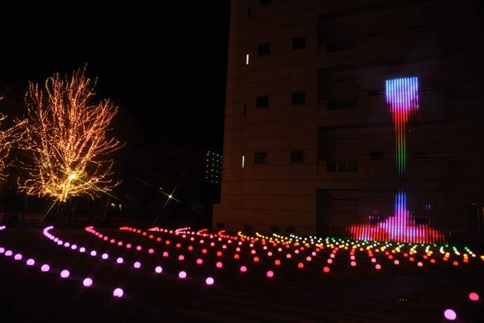 LEDの滝